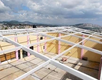 11 best techos images on pinterest decking patio decks - Casa estructura metalica ...