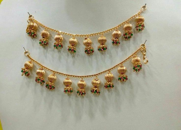 Code EarChain242. Beautiful ear chains with pumpkin hangings. Stunning maatilu with multi color bead hangings.Price 1060 rs each free shipping allover india. Whatasp +91 9908278128 to order . 08 February 2018