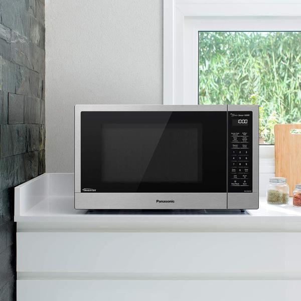 panasonic compact microwave oven with