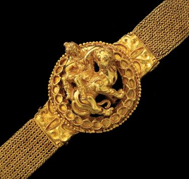 The Bactrian Hoard Is Back | Archaeology | DISCOVER Magazine. One of the medallions from a gold necklace