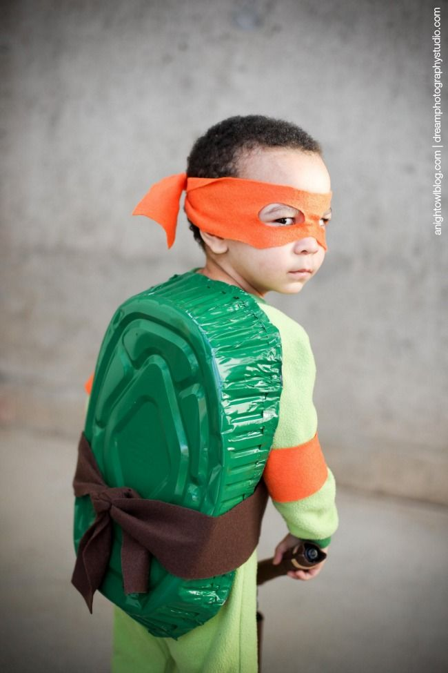 17 best images about tmnt on pinterest homemade green shirt and how adorable is this diy teenage mutant ninja turtle costume looks solutioingenieria Image collections