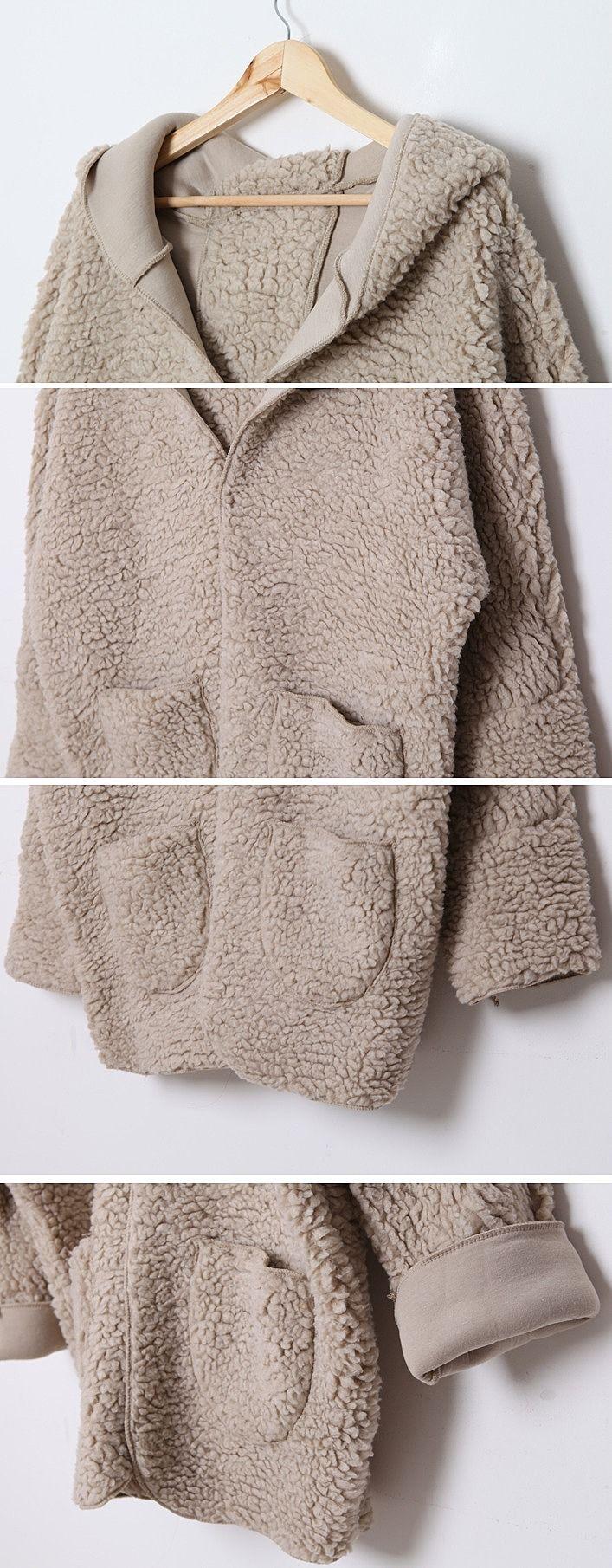 Лёгкая бежевая осенняя женская куртка фотография №36