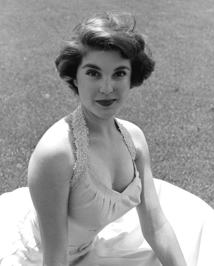 Karen Sharpe  Classic Radio, Television And Movie Stars -9071