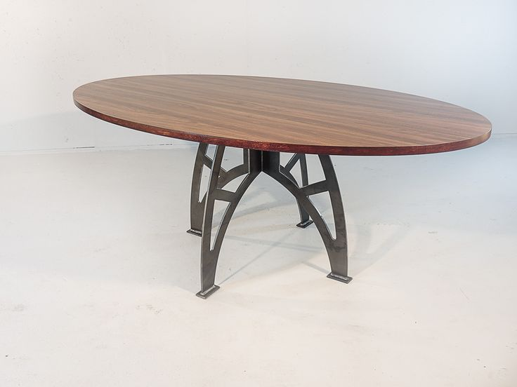 32 best images about Ovale tafels on Pinterest | Bari, Elk ...