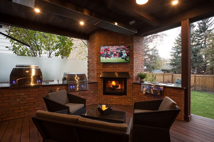 Great place to hang out in this fantastic Outdoor Room built with Red Balau Batu supplied by Kayu Canada Inc.