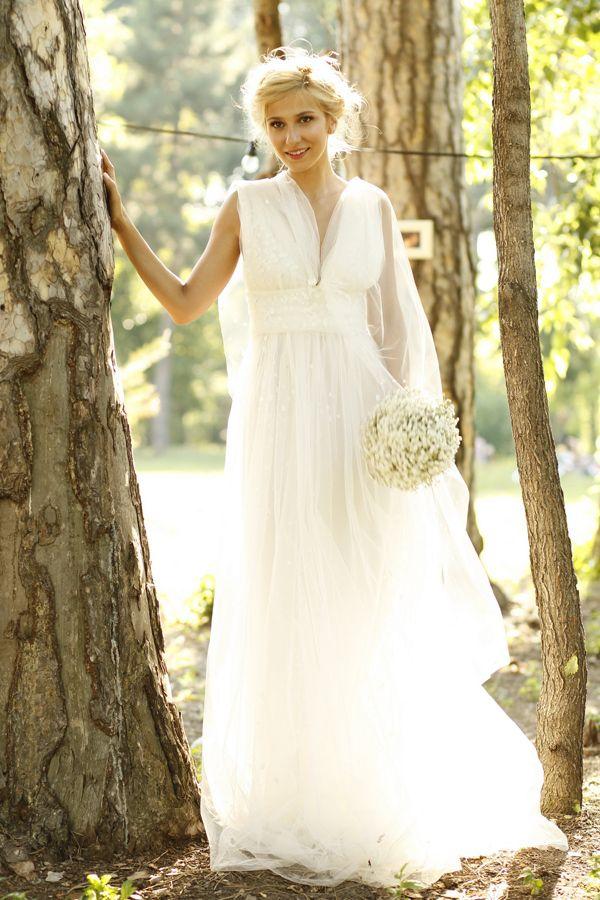 Dana Rogoz-beautiful wedding dress