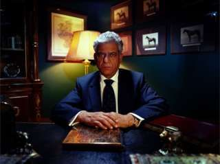 OM PURI as Jetender . THE SEA CAPTAIN'S