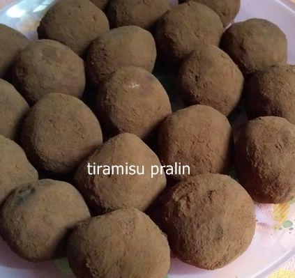 Tiramisu pralin aslında tramisu topları olarak da bilinir.
