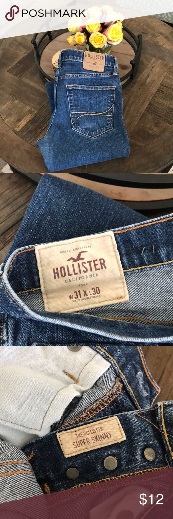 Hollister Men's 31x30 Super Skinny Denim Jeans Hollister Men's 31x30 Super Skinny Denim Jeans. Has been worn, just some scuff marks at the heels from wearing them with winter boots. These jeans fit and feel amazing and the denim forms to your body once you put them on. It's like magic! Hollister Jeans Skinny