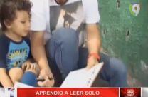 Niño Con Menos De Tres Años De Edad Aprende A Leer Solo