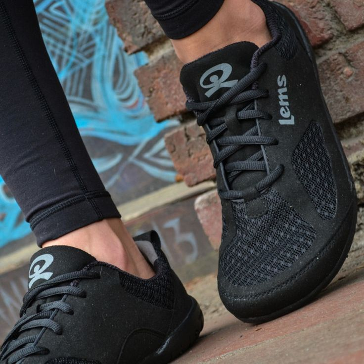 - Description - Features - Sizing - Resources A Wide Toe Box Minimalist Shoe The Lems Primal 2 is an attractive, natural shoe that is flat from heel to toe, widest at the ends of the toes, and extreme