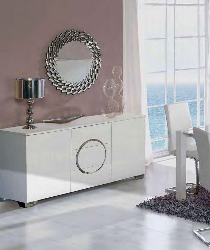 Skjenk modell ORION, speil modell SAVOY, bordlampe modell LOOP✨ Du finner alle produktene her: www.mirame.no #mirame #kommode #skjenk #lampe #bordlampe #høyglans #speil #rundtspeil #stue #gang #interior #interiørinspirasjon #interiør #norskehjem #norsk #innredning #møbler #nettbutikk #orion #tre