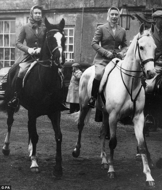 18/04/1959 of Queen Elizabeth II (left) and Princess Margaret going out for their morning ride in Badminton Great Park before the start of the day's events in the Badminton Horse Trials.