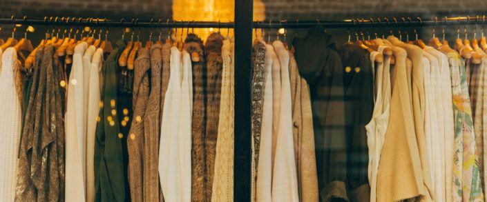 Roupa de sair ou roupa de trabalho? Dicas de styling para mulheres reais