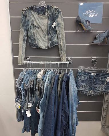 Denim anyone? come complete your wardrobe with a Canadian Tuxedo... We are always in need of more....sell us your denim for cash on the spot  #denim #gentlyused #styling #shopforless #bluerules | www.platosclosetcambridge.com