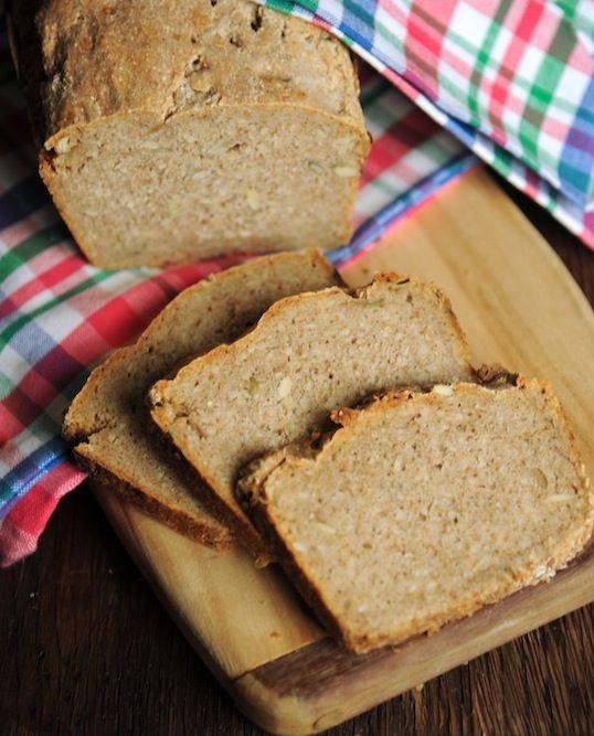 Chleb żytni na maślance na zakwasie żytnim