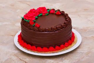 A world for women: Ξεχωριστές και όμορφες τούρτες γενεθλίων.