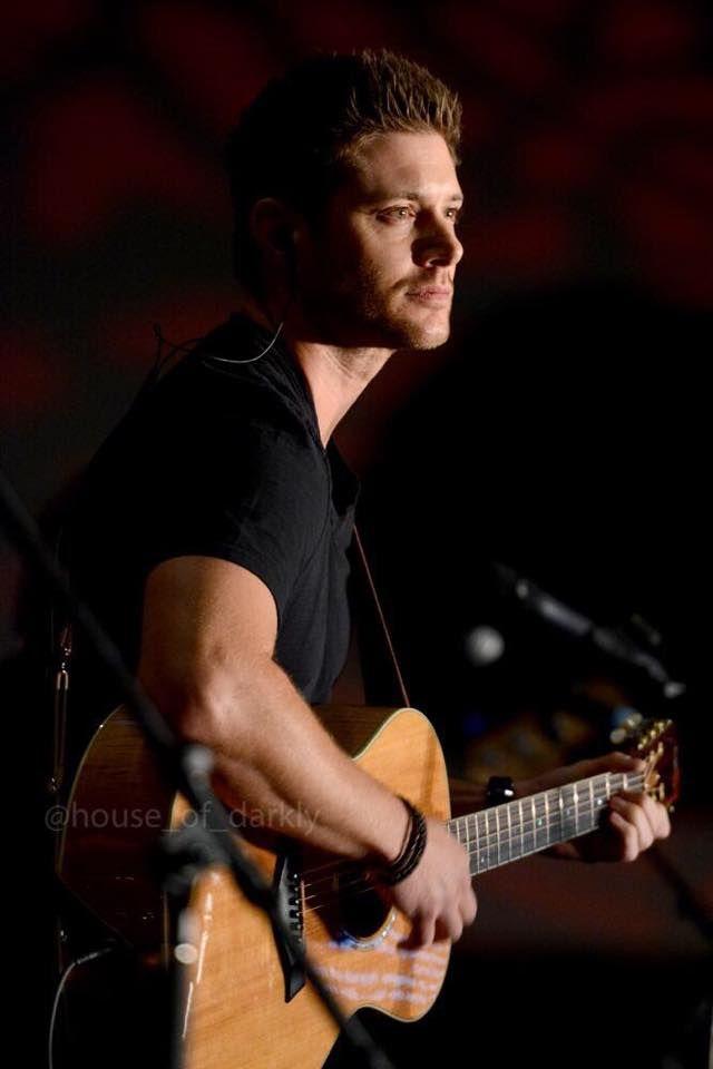 Jensen - VanCon2015 (Photo Credit: @house_of_darkly )