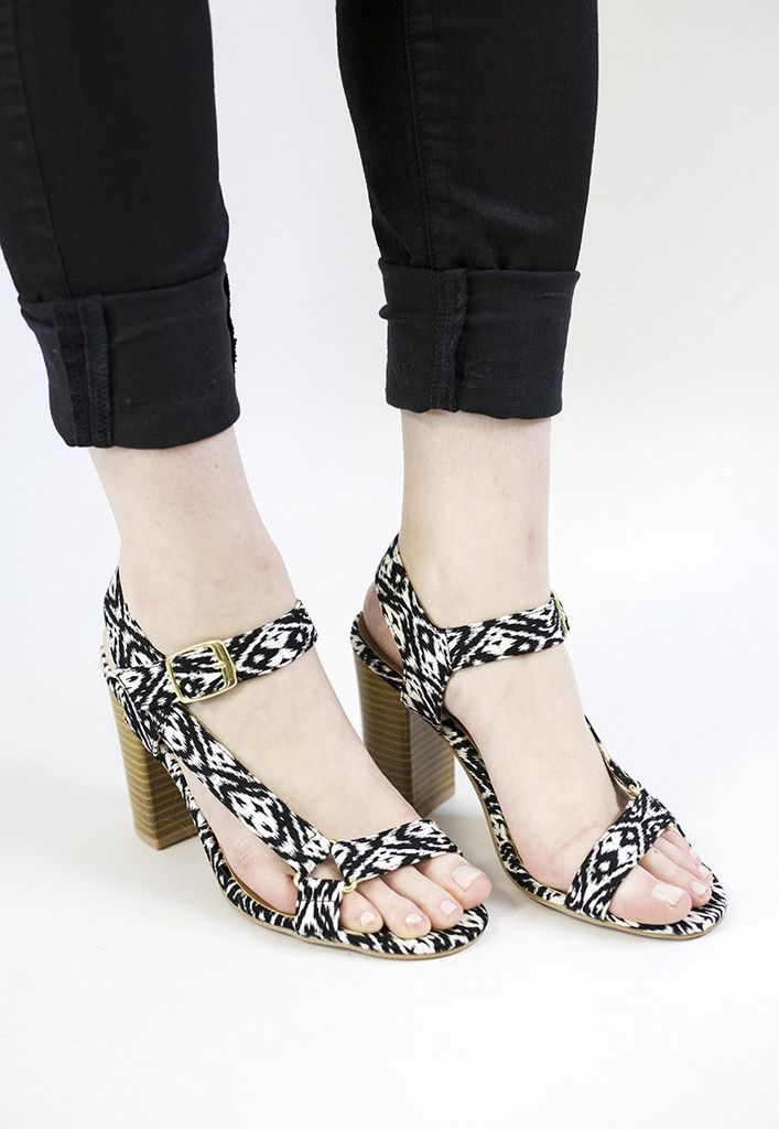 The pattern on these are awesome- talk about a killer shoe!