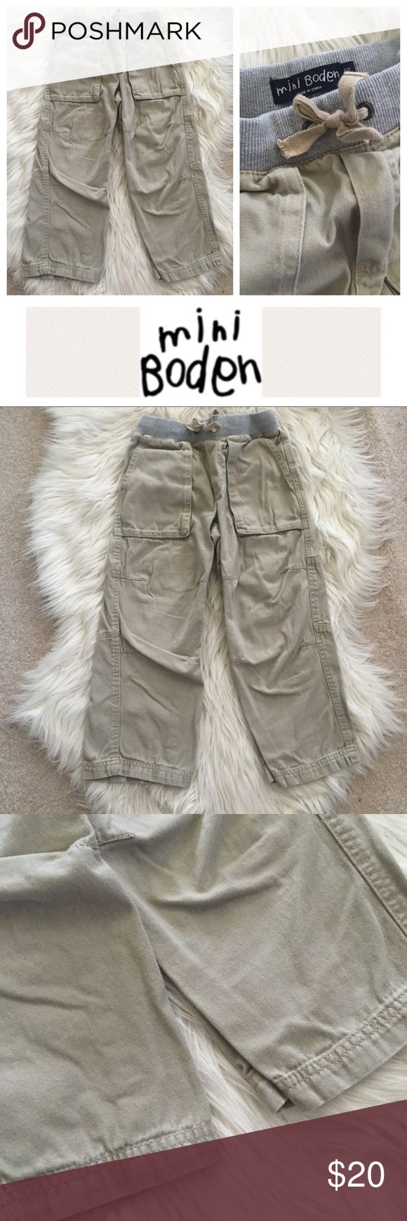Mini Boden Cargo Pants Adorable used MB khaki cargo pants with gray waistband. Size 6. Bundle to save even more -- I have tons of kids clothes! Hope you enjoy 😘 Mini Boden Bottoms