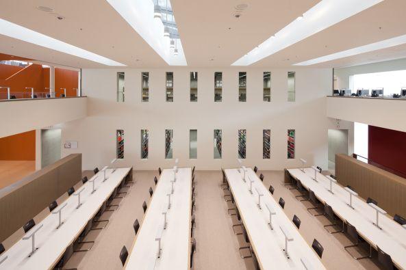 Bibliothek der Uni Potsdam von Staab