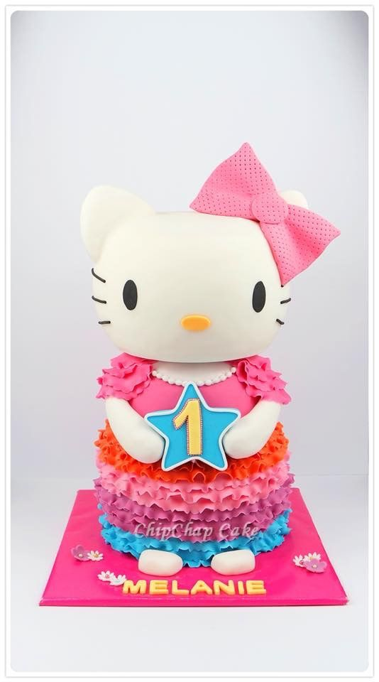 Hello Kitty Cake (from fb: Hannover ChipChap Cake)