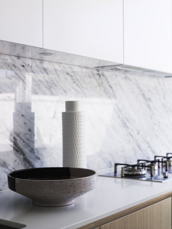 marble splash, quartz counter Greg Natale | Sydney based architects and interior designers