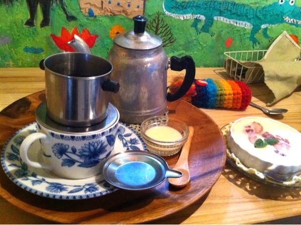 ハティフナット アジアの扉 ベトナムコーヒーとチーズケーキ Vietnamese Coffee