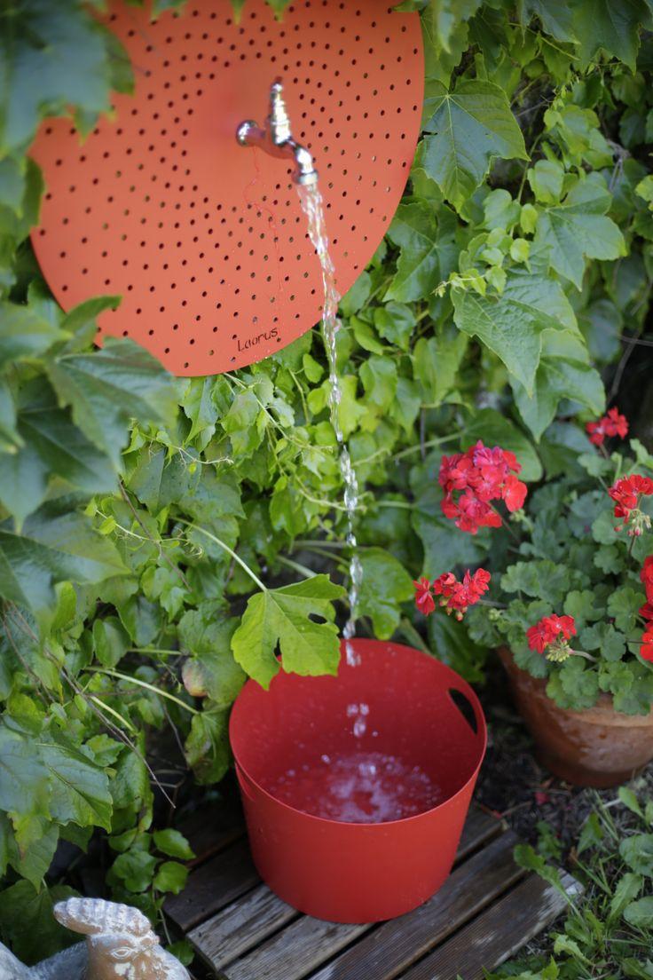 Fontaine Rotundifolia   Métal Finition Peinture époxy Texturée   Design  Français   Disponible Dans Tous Les · Garden ProductsAvailableGardens CourtAll
