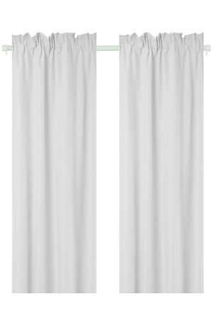 "Our taped polycotton curtain 2 pack is made with a 132 thread count and has a soft lining that enhances the drape, giving the curtains a fuller look. Measures 150x218cm.<div class=""pdpDescContent""><BR /><b class=""pdpDesc"">Dimensions:</b><BR />L218xW150 cm<BR /><BR /><b class=""pdpDesc"">Fabric Content:</b><BR />55% Polyester 45% Cotton</div>"