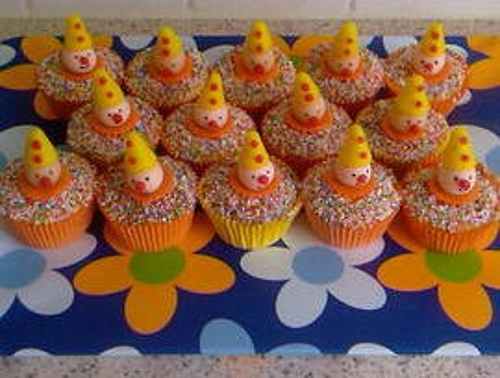 bumba cupcakes | Flickr - Photo Sharing!