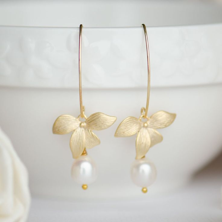 1000 Ideas About Pearl Wedding Anniversary Gifts On Pinterest