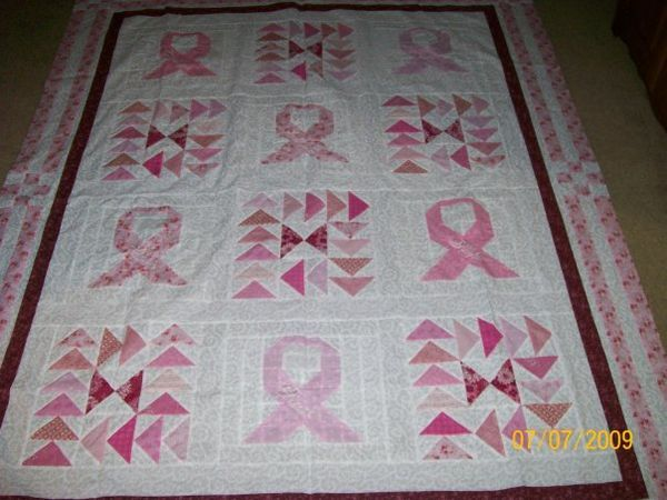 Pink ribbon quilt QUILTS - FLYING GEESE Pinterest