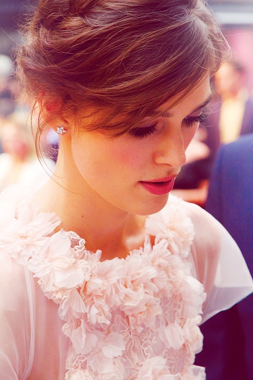 Keira Knightley. I like the effect in this photo.