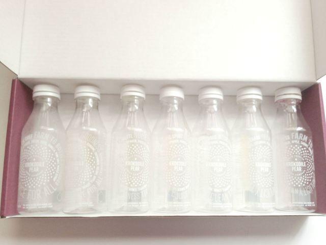 Finished bottles - Krokodile Pear Juice Cleanse