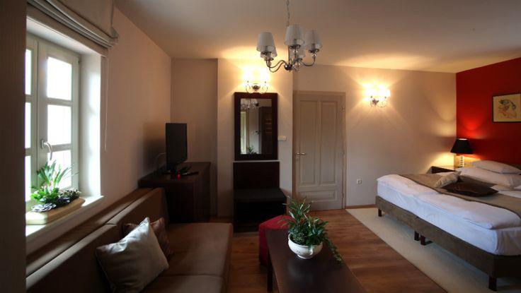 Guesthouse - Platán Étterem