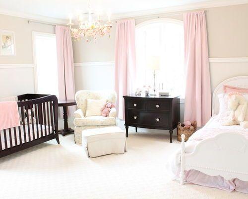 ralisation dune grande chambre de bb fille tradition avec un mur beige un - Grande Chambre Fille