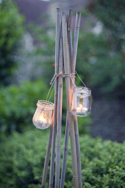 Jampotlichtjes aan bamboestokken | jarlights on bamboo sticks