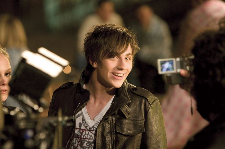 Aaron Johnson As Robbie In Angus Thongs And Perfect Snogging 2008 Angus Thongs And Perfect Snogging Aaron Johnson Aaron Taylor Johnson