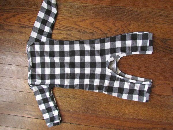 Tangible Artiste: Baby Boy Romper Tutorial