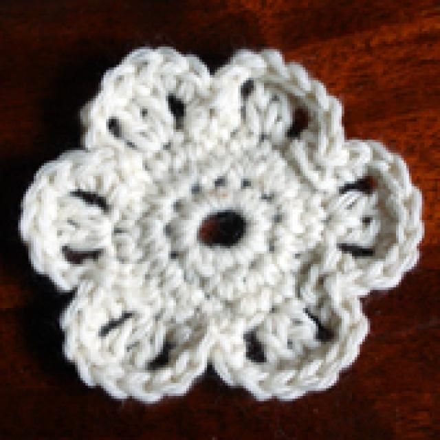 One Dozen Easy Peasy Free Crochet Flower Patterns: Easy One-Color Six Petal Crochet Flower Free Pattern