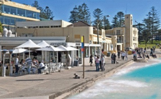 Zimzala, Cronulla Beach, I can recommend Eggs Benedict - best in Sydney!!!