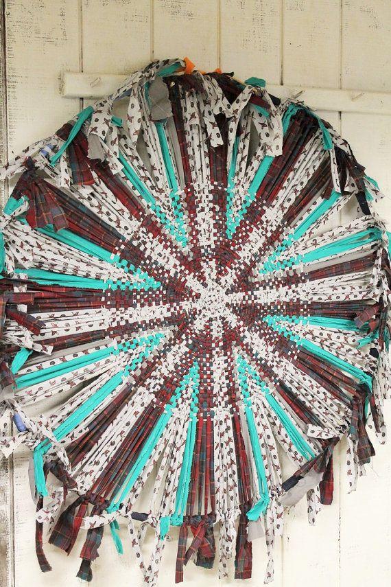 Folk Art Rag Rug Wagon Wheel Rag