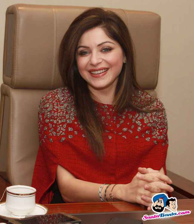 Super Girl From China Song Launch -- Kanika Kapoor Picture # 324744