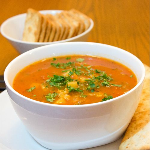 Manhattan Clam Chowder There are no good places to get Manhattan Clam ...