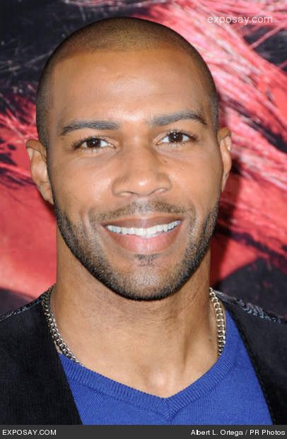 I first notice Omari Hardwick in NExt Day Air and then it seem like I've seen him everywhere since then. Tyler Perry movies, Estelle video this brotha is bad!