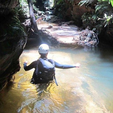 For those wanting to try canyoning in the Blue Mountains, without the abseiling component then this Rocky Creek Canyoning day is ideal.