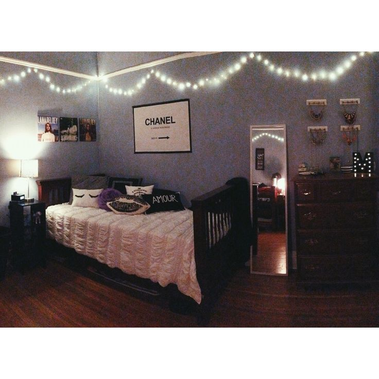 Best 25 College Apartment Bedrooms Ideas On Pinterest: Best 25+ Sorority House Rooms Ideas On Pinterest