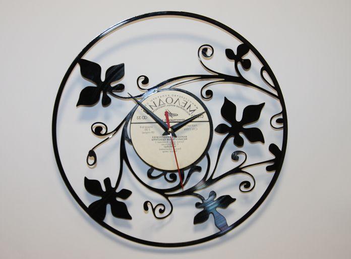 Часы-пластинка - один из самых оригинальных способов использования старых виниловых пластинок