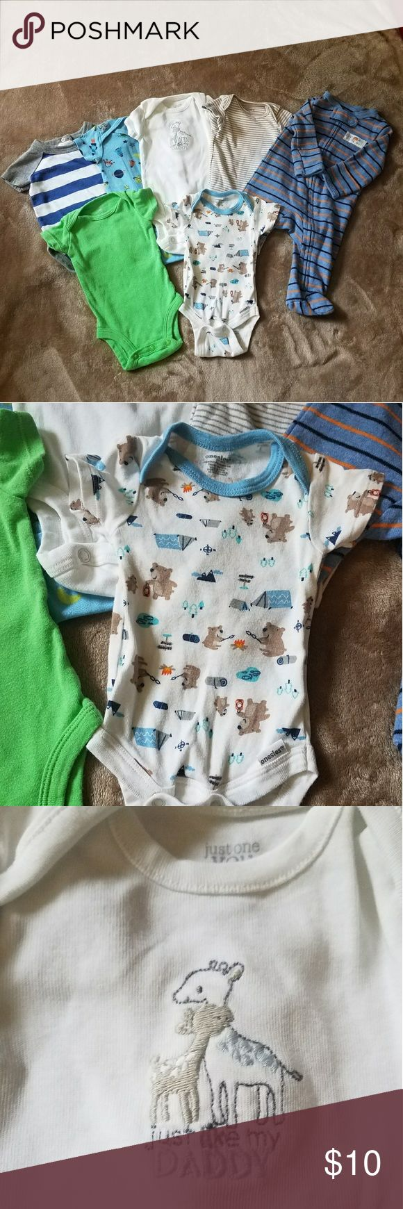 NEWBORN BUNDLE  Boy Clothing 7 articles of NEWBORN boy clothing. 4 pieces have not been worn and the other 3 were worn once. 💙 You can never have enough onesies. 4 of them are CARTER'S brand, one of then is CIRCO brand and the other two were purchased from Walmart. Carter's One Pieces